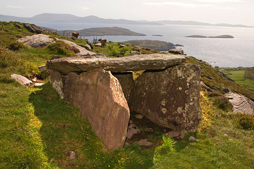 Archaeology kerry - wedge tomb caherdaniel