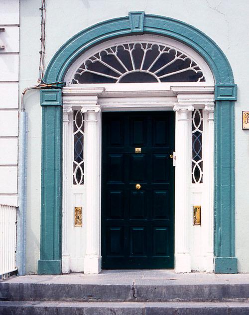 1georgian-doorway